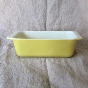 Pyrex Yellow Loaf Pan #913
